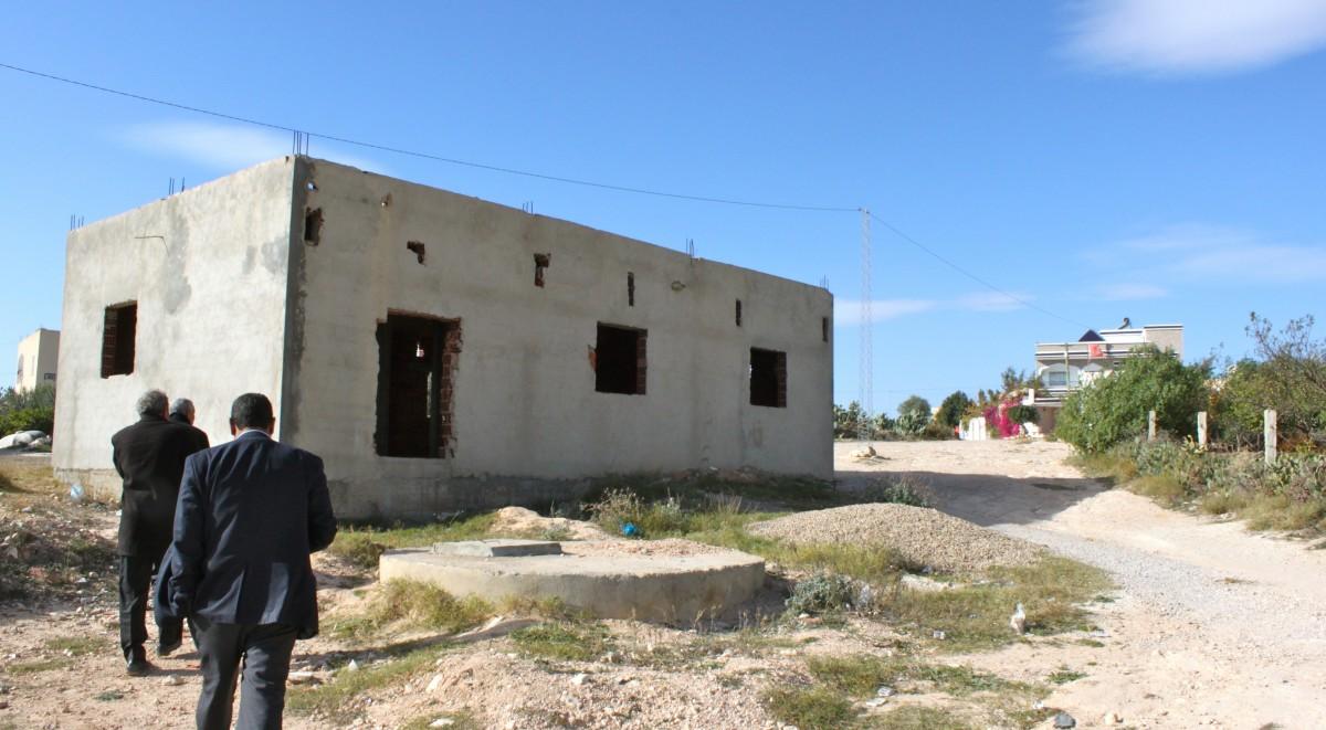 Dispensaire dans le village de Majdoub